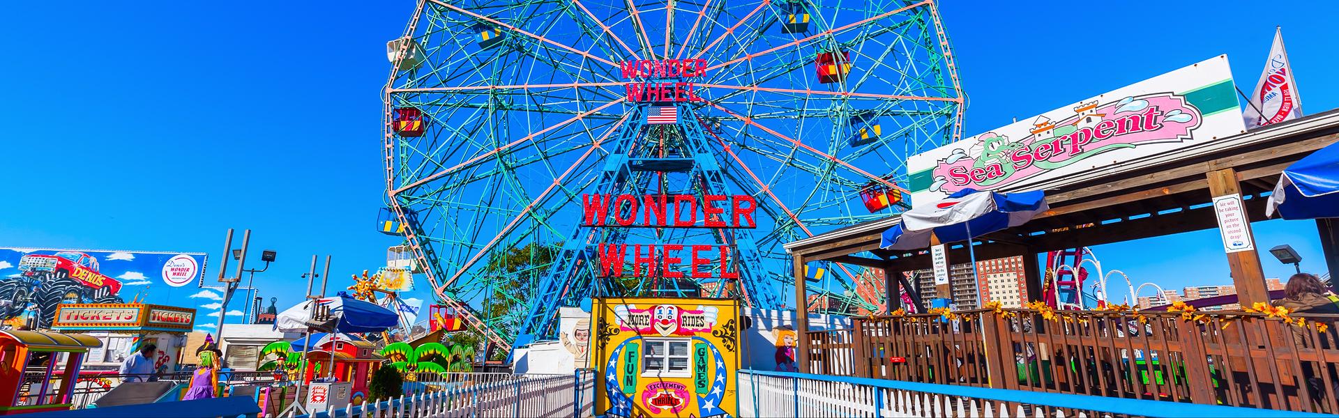 http://livingfreenyc.com/wp-content/uploads/2016/06/Coney-Island.jpg